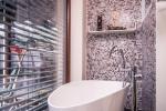 Koupelnové doplňky bez vrtání